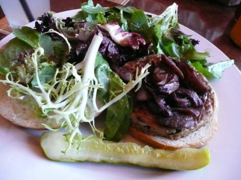full-sail-tempeh-burger